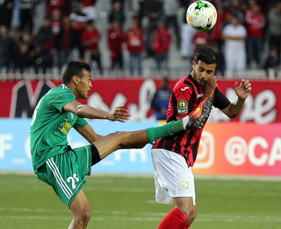 Chafal Farouk (R) of USM Alger vies for the ball with Msoud Msou Sand (L) of Al Ahly Tripoli during the CAF Champions League match between USM Alger and Al Ahly Tripoli in Algiers, Algeria, 12 May 2017