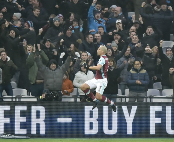 West Ham star Feghouli eyes Algeria recall