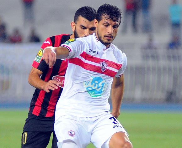 Zamalek player Tarek Hamed (front )fights for the ball with USM Alger player  during the 2017 CAF Champions League game between USM Alger and Zamalek at Stade 5 Juillet 1962 in Algiers, Algeria on 21 June 2017 © BackpagePix