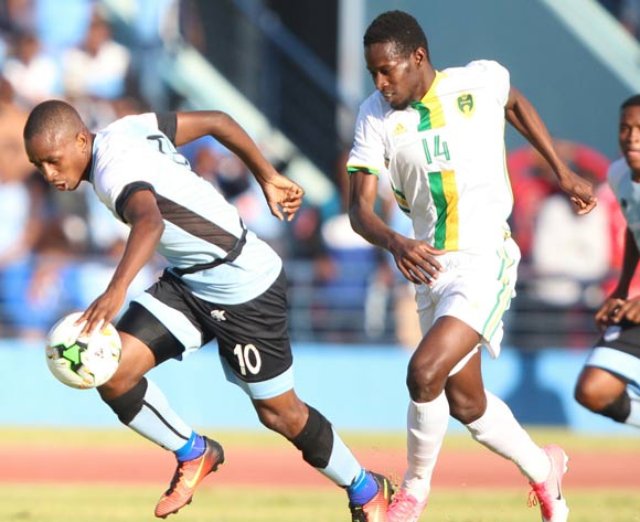 Onkabetse Makgantai of Botswana and Mohamed Dellah Yaly of Mauritania during the game between Botswana and Mauritania on 10 June 2017 at Francistown Stadium,Botswana ©/BackpagePix