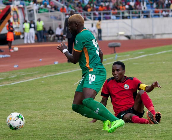 Fwayo Tembo of Zambia beats Elia Pelembe of Mozambique during the game between Zambia and Mozambique on 10 June 2017 at Levy Mwanawasa Stadium,Zambia ©/BackpagePix