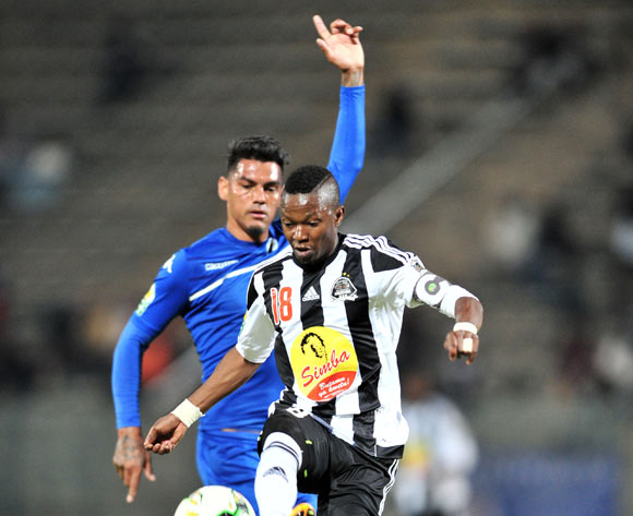 Rainford Kalaba of TP Mazembe challenged by Clayton Daniels of Supersport United during the Caf Confederation Cup match between Supersport United and TP Mazembe at the Lucas Moripe Stadium in Pretoria on 20 June 2017 ©Samuel Shivambu/BackpagePix