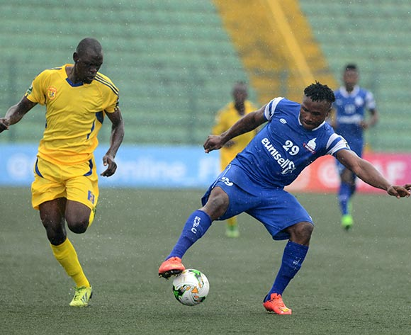 Odumegwu Egbuonu of Rivers United (r)  during the 2017 CAF Confederation football match between Rivers United and Kampala City at Yakubu Gowon Stadium in Port Harcourt, Nigeria. @Kabiru Abubakar/BackpagePix