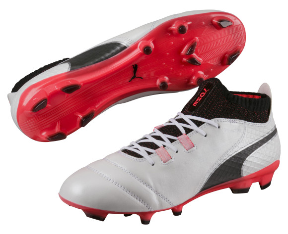 PUMA unveils new boot for Tau and Zwane ahead of Champions League clash