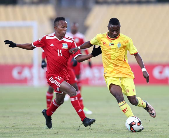Innocent Mucheneka of Zimbabwe challenged by Colin Esther of Seychelles during the 2017 Cosafa Castle Cup match between Zimbabwe and Seychelles at the Royal Bafokeng Stadium, Rustenburg South Africa on 30 June 2017 ©Muzi Ntombela/BackpagePix