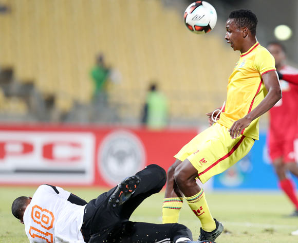 Romeo Barra of Seychelles challenges by Prince Dube Mpumelelo of Zimbabwe during the 2017 Cosafa Castle Cup match between Zimbabwe and Seychelles at the Royal Bafokeng Stadium, Rustenburg South Africa on 30 June 2017 ©Muzi Ntombela/BackpagePix