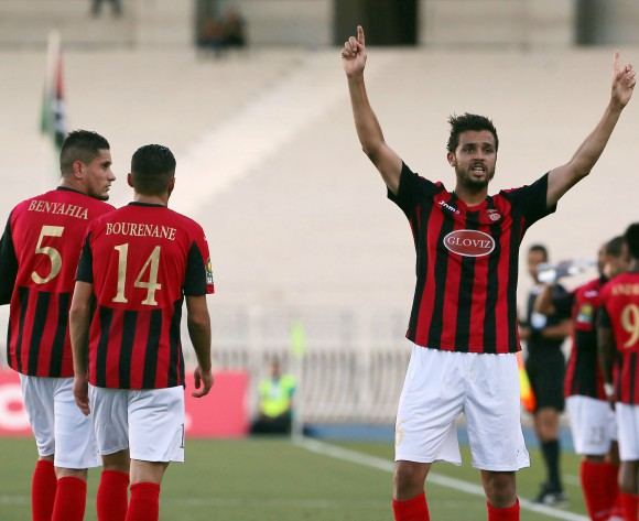 USM Alger ease into CAF Champs League last eight