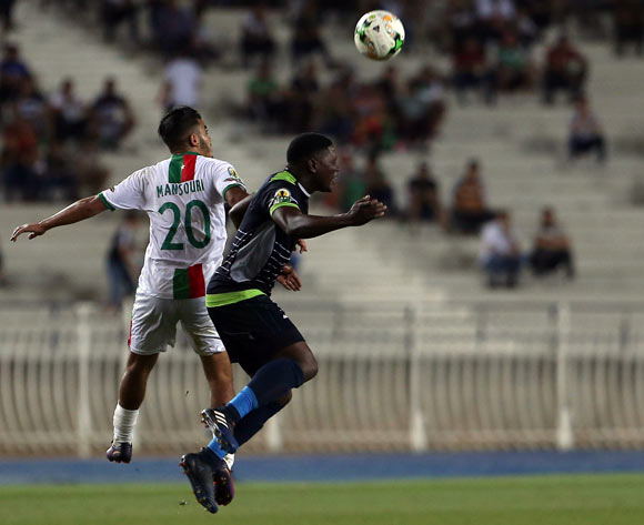 Mouloudia Club D'Alger player Zakaria Mansouri (L) fights for the ball with Platinum Stars player  during the 2017 CAF Confederations Cup game between Mouloudia Club D'Alger and Platinum Stars at Stade 5 Juillet 1962 in Algiers, Algeria on 30 June 2017 © BackpagePix