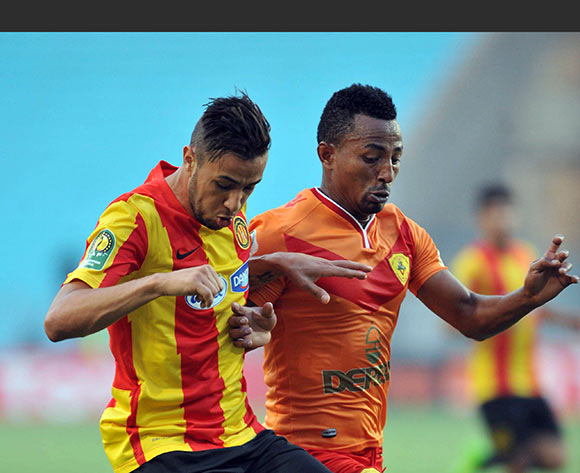 Esperance Sportive de Tunis player  Mbarki Lheb  (L) fights for the ball with Saint George S.C. player Frezer Kasa (R) during the 2017 CAF Champions League game between Esperance and Saint George Tunis, Tunisia on 9 July 2017 © BackpagePix