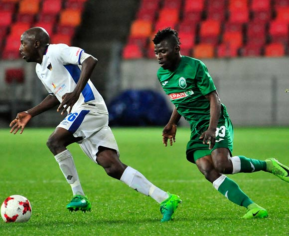 Zephania Mbokoma of Chippa United chased by Samuel Darpoh of Amazulu FC during the Absa Premiership 2017/18 game between Chippa United and Amazulu  at Nelson Mandela Bay Stadium in Port Elizabeth on 22 August 2017 © Deryck Foster/BackpagePix