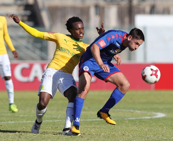 Dean Furman of Supersport United challenged by Percy Tau of Mamelodi Sundowns during the 201/18 Absa Premiership football match between Supersport United and Sundowns at Lucas Moripe Stadium, Pretoria on 19 August 2017 ©Gavin Barker/BackpagePix