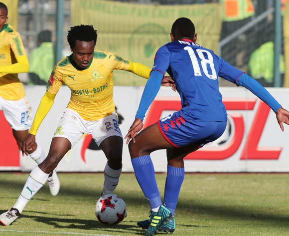 Percy Tau of Mamelodi Sundowns challenged by Siya Nhlapho of Supersport United during the 201/18 Absa Premiership football match between Supersport United and Sundowns at Lucas Moripe Stadium, Pretoria on 19 August 2017 ©Gavin Barker/BackpagePix