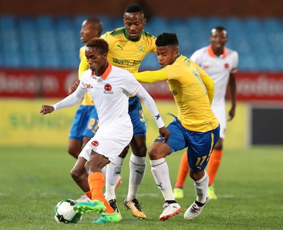 Thabang Klaas of Polokwane City challenged by George Lebese and Thokozani Sekotlong of Mamelodi Sundowns during Absa Premiership 2017/18 match between Mamelodi Sundowns and Polokwane City at Loftus Versveld Stadium, Pretoria South Africa on 22 August 2017 ©Muzi Ntombela/BackpagePix
