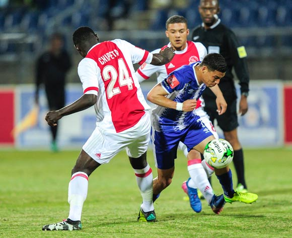 Devon Saal of Maritzburg United ducks through the defence of Erick Chipeta of Ajax Cape Town F.C. during the Absa Premiership 2017/18 game between Maritzburg United and Ajax Cape Town at Harry Gwala Stadium, Pietermaritzburg on 23 August 2017 © Gerhard Duraan/BackpagePix