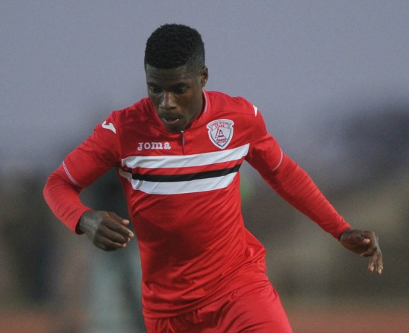 Ten-man stars fight back for a point against Wits