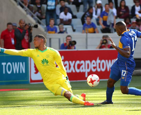 Victor Obinna of Cape Town City scores goal past Brandon Petersen of Ajax Cape Town during the Absa Premiership 2017/18 football match between Ajax Cape Town and Cape Town City FC at Cape Town Stadium, Cape Town on 30 September 2017 ©Chris Ricco/BackpagePix