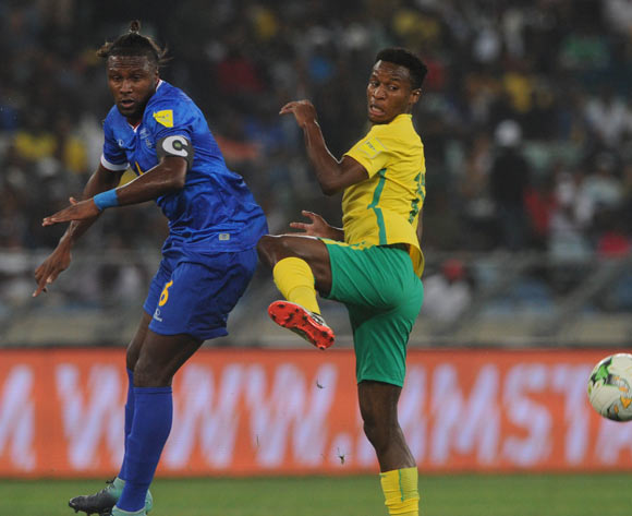 Themba Zwane of South Africa is challenged by Marco Soares of Cape Verde during the World Cup Qualifier match between South Africa and Cape Verde on the 05 September 2017 at Moses Mabhida Stadium  © Sydney Mahlangu /BackpagePix