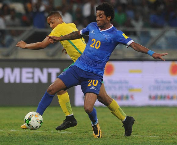 Andile Jali of South Africa challenges Ryan Mendes of Cape Verde during the World Cup Qualifier match between South Africa and Cape Verde on the 05 September 2017 at Moses Mabhida Stadium  © Sydney Mahlangu /BackpagePix