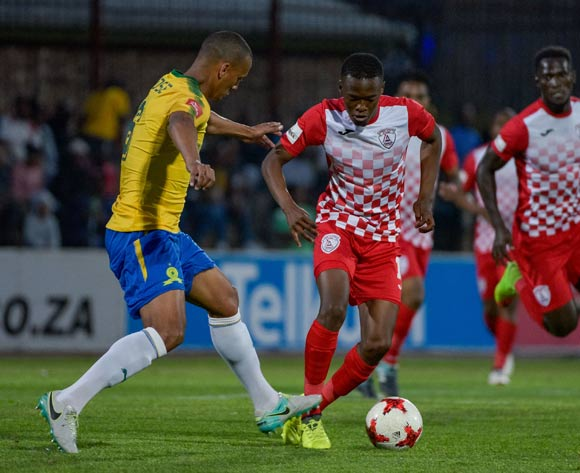 Katlego Mokhuoane of Free State Stars and Wayne Arendse of Mamelodi Sundowns during the Absa Premiership 2017/18 game between Free State Stars and Mamelodi Sundowns at Goble Park, Bethlehem on 11 September 2017 © Frikkie Kapp/BackpagePix