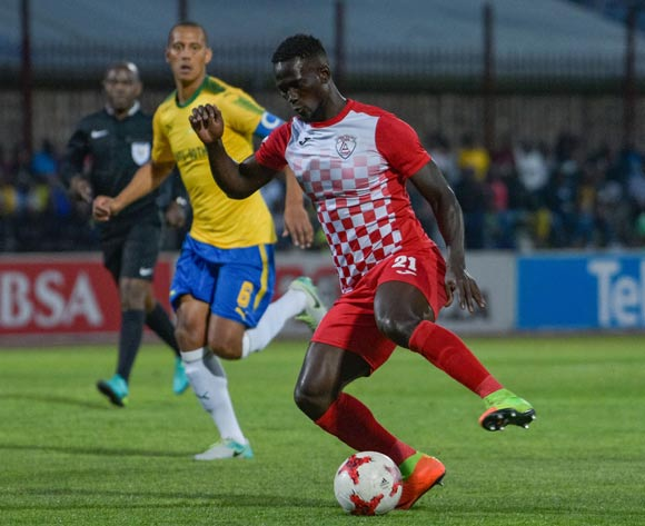 Siphelele Mthembu of Free State Stars and Wayne Arendse of Mamelodi Sundowns during the Absa Premiership 2017/18 game between Free State Stars and Mamelodi Sundowns at Goble Park, Bethlehem on 11 September 2017 © Frikkie Kapp/BackpagePix