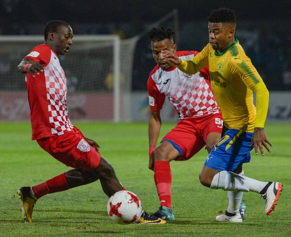 George Lebese of Mamelodi Sundowns and Nhlanhla Vilakazi(r) and Nyiko Mobbie of Free State Stars during the Absa Premiership 2017/18 game between Free State Stars and Mamelodi Sundowns at Goble Park, Bethlehem on 11 September 2017 © Frikkie Kapp/BackpagePix