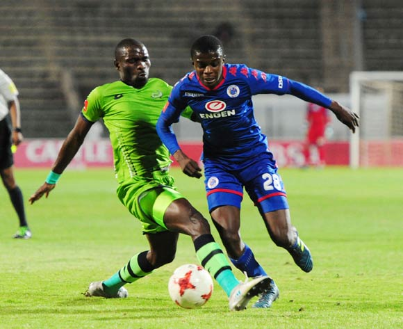 Robert Ngambi of Platinum Stars challenges Teboho Mokoena of Supersport United during 2017/18 Absa Premiership game between Supersport United and Platinum Stars at Lucas Moripe Stadium on 12 September 2017@Aubrey Kgakatsi/BackpagePix