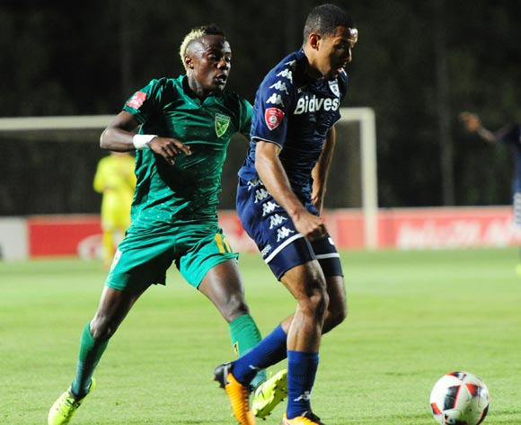 Reeve Fosler of Bidvest Wits challenged by Kudakwashe Mahachi of Golden Arrows during 2017/18 Absa Premiership game between Bidvest Wits and Golden Arrows at Bidvest Wits Stadium on 13 September 2017@Aubrey Kgakatsi/BackpagePix