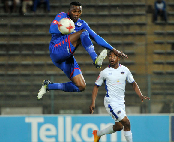 Morgan Gould of Supersport United challenged by Paseka Mako of Chippa United during 2017/18 Absa Premiership game between Supersport United and Chippa United at Lucas Moripe Stadium on 19 September 2017@Aubrey Kgakatsi/BackpagePix
