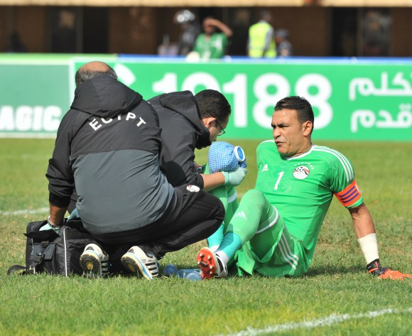 Egypt not taking risks on injured goalkeeper Essam El-Hadary