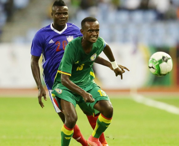 Senegal scrape through on penalties