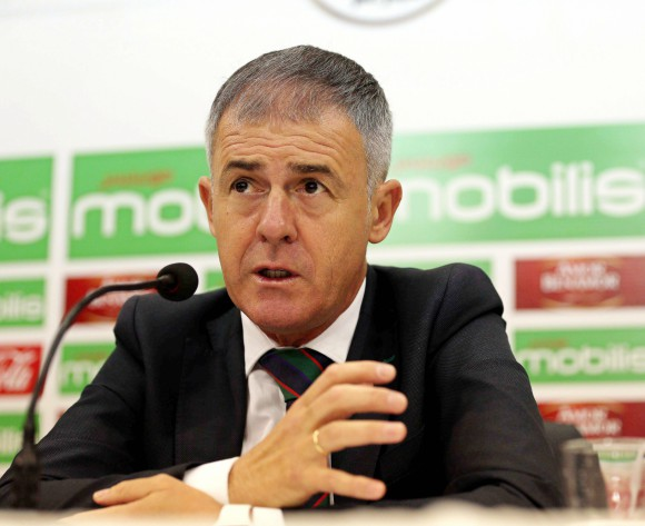 Algeria's Lucas Alcaraz backed by football federation boss