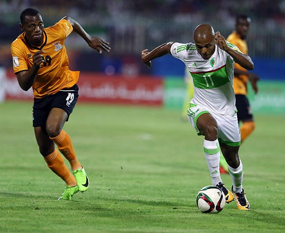 Algerian player  Yacine Brahimi (R)   fights for the ball with Zambian player Ziyo Tembo (L)  during the World Cup 2018 qualifying football match between Algeria and Zambia in Constantine, Algeria on 05 September 2017 © BackpagePix