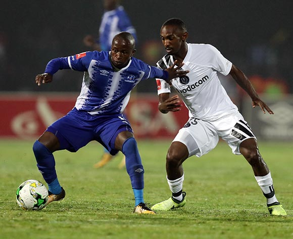 Siphesihle Ndlovu of Maritzburg Utd and Thabo Rakhale  of Orlando Pirates during the Absa Premiership 2017/18 game between Maritzburg United and Orlando Pirates at Harry Gwala Stadium in Pietermaritzburg on 15 September 2017 © Steve Haag/BackpagePix
