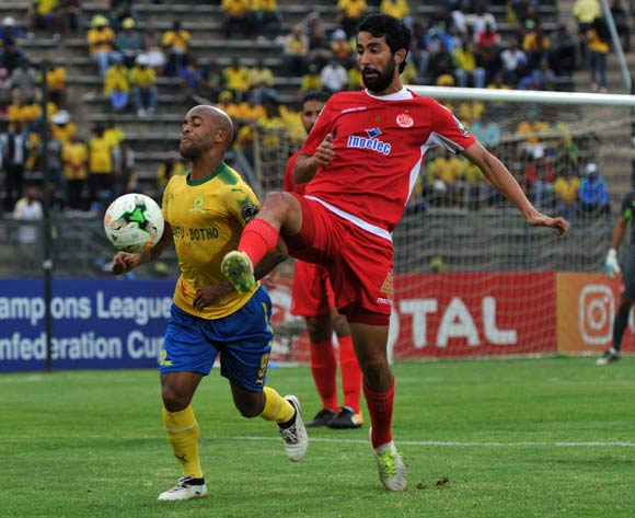 Oupa Manyisa of Mamelodi Sundowns challenged by Salaheddine Saidi of Wydad Athletic during 2017 Caf Champions League game between Mamelodi Sundowns and Wydad AC at Lucas Moripe Stadium on 17 September 2017@Aubrey Kgakatsi/BackpagePix