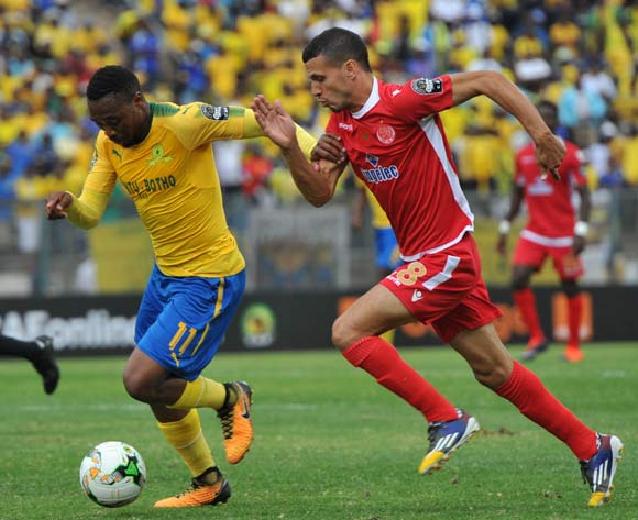 Sibusiso Vilakazi of Mamelodi Sundowns challenged by Abdellatif Noussirr of Wydad Athletic during 2017 Caf Champions League game between Mamelodi Sundowns and Wydad AC at Lucas Moripe Stadium on 17 September 2017@Aubrey Kgakatsi/BackpagePix