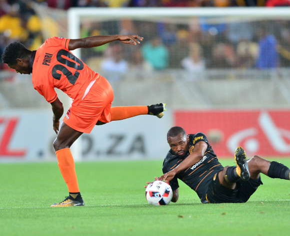 Bernard Parker of Kaizer Chiefs challenged by Salulani Phiri of Polokwane City during the Absa Premiership 2017/18 football match between Polokwane City and Kaizer Chiefs at Peter Mokaba Stadium, Polokwane on 31 October 2017 ©Samuel Shivambu/BackpagePix