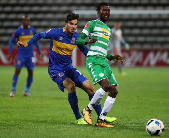 Lucky Baloyi of Bloemfontein Celtic evades challenge from  Roland Putsche of Cape Town City during the Absa Premiership 2017/18 football match between Cape Town City FC and Bloemfontein Celtic at Athlone Stadium, Cape Town on 17 October 2017 ©Chris Ricco/BackpagePix