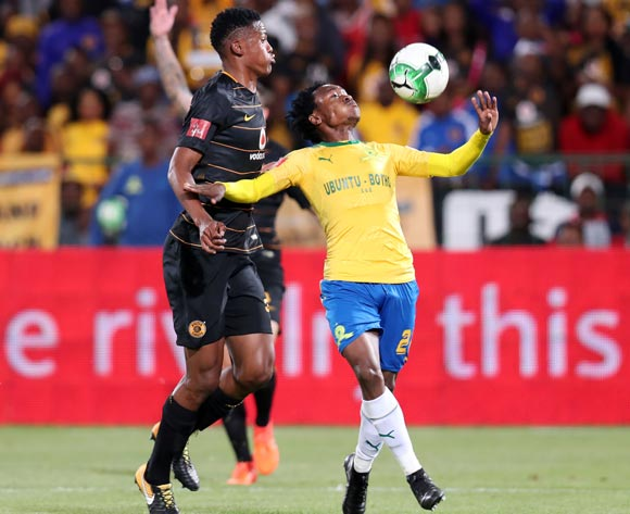 Percy Tau of Mamelodi Sundowns challenged by Siyabonga Ngezana of Kaizer Chiefs during the Absa Premiership 2017/18 match between Mamelodi Sundowns and Kaizer Chiefs at Loftus Versveld Stadium in Pretoria, South Africa on 17 October 2017 ©Muzi Ntombela/BackpagePix