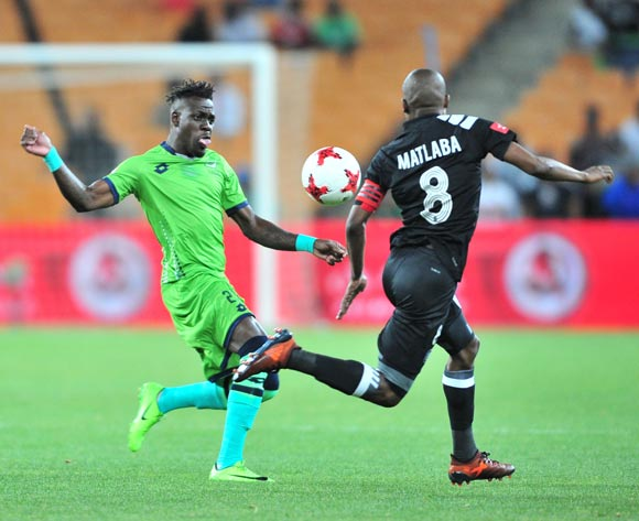 Thabo Matlaba of Orlando Pirates challenged by Siyabonga Zulu of Platinum Stars during the Absa Premiership 2017/18 football match between Orlando Pirates and Platinum Stars at FNB Stadium, Johannesburg on 18 October 2017 ©Samuel Shivambu/BackpagePix