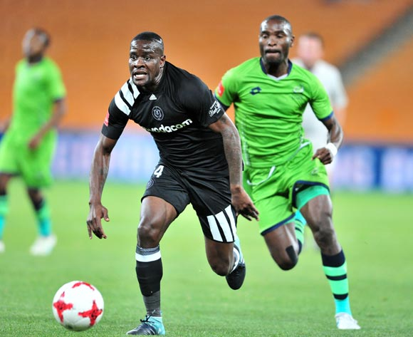 Ntsikelelo Nyauza of Orlando Pirates challenged by Robert Ngambi of Platinum Stars during the Absa Premiership 2017/18 football match between Orlando Pirates and Platinum Stars at FNB Stadium, Johannesburg on 18 October 2017 ©Samuel Shivambu/BackpagePix