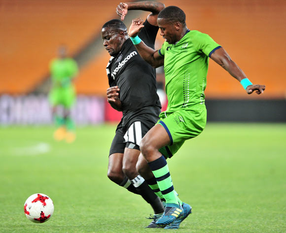 Bongi Ntuli of Platinum Stars challenged by Ntsikelelo Nyauza of Orlando Pirates during the Absa Premiership 2017/18 football match between Orlando Pirates and Platinum Stars at FNB Stadium, Johannesburg on 18 October 2017 ©Samuel Shivambu/BackpagePix