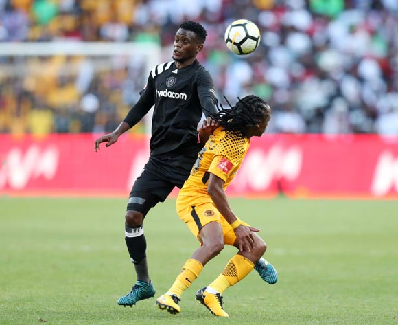 Siphiwe Tshabalala of Kaizer Chiefs challenged by Innocent Maela of Orlando Pirates during the Absa Premiership 2017/18 match between Kaizer Chiefs and Orlando Pirates at FNB Stadium in Johannesburg, South Africa on 21 October 2017 ©Muzi Ntombela/BackpagePix