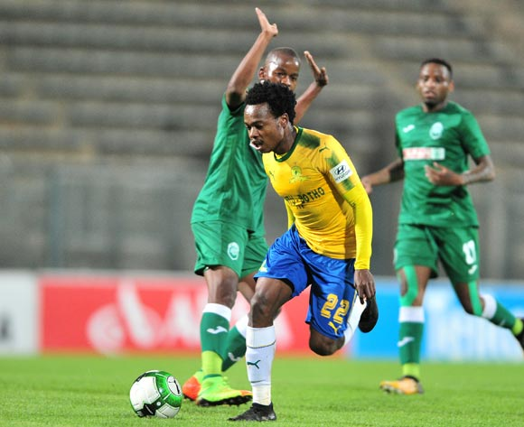 Percy Tau of Mamelodi Sundowns challenged by Phumlani Gumede of AmaZulu during the Absa Premiership 2017/18 football match between Mamelodi Sundowns and AmaZulu at Lucas Moripe Stadium, Pretoria on 21 October 2017 ©Samuel Shivambu/BackpagePix