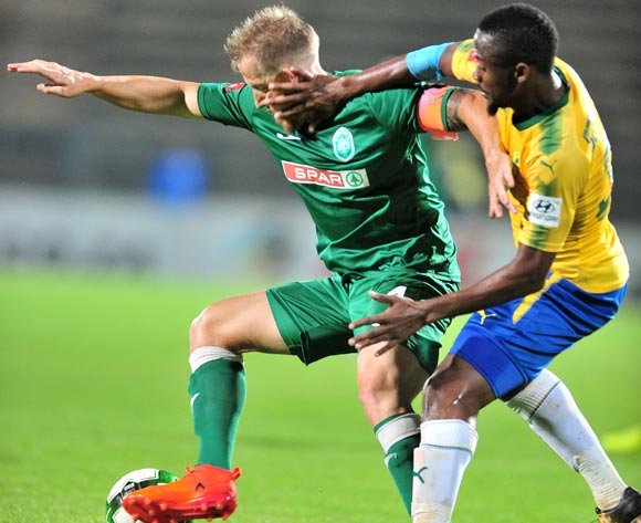 Michael Morton of AmaZulu challenged by Thokozani Sekotlong of Mamelodi Sundowns during the Absa Premiership 2017/18 football match between Mamelodi Sundowns and AmaZulu at Lucas Moripe Stadium, Pretoria on 21 October 2017 ©Samuel Shivambu/BackpagePix