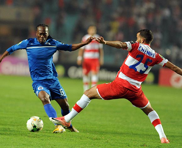 Club Africain player  Ibrahim Chenihi (R) fights for the ball with Supersport United FC player  Reneilwe Letsholonyane  (L) during the semi-final return 2017 CAF Confederations Cup game between Club Africain and Supersport United FC in Tunis, Tunisia on 22 October 2017 © BackpagePix