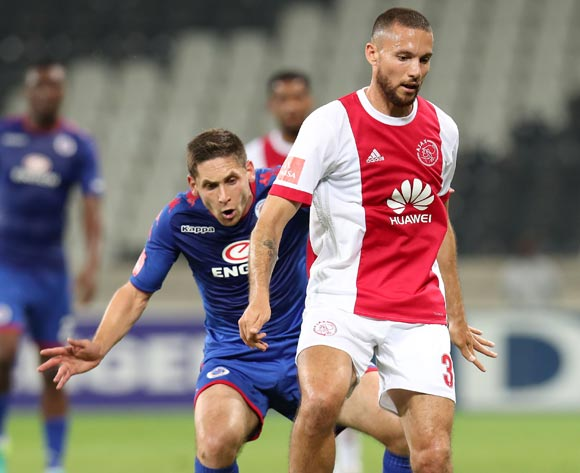 Roscoe Pietersen of Ajax Cape Town challenged by Dean Furman of Supersport United during the Absa Premiership 2017/18 match between Supersport United and Ajax Cape Town at Mbombela Stadium, Mpumalanga South Africa on 29 November 2017 ©Muzi Ntombela/BackpagePix