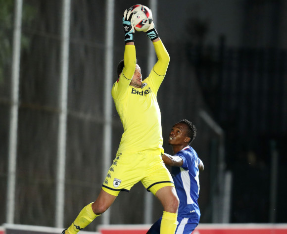 Darren Keet of Bidvest Wits challenged by Mpho Mvelase of Chippa United during Absa Premiership 2017/18 match between Bidvest Wits and Chippa United at Bidvest Wits Stadium, Johannesburg South Africa on 01 November 2017 ©Muzi Ntombela/BackpagePix