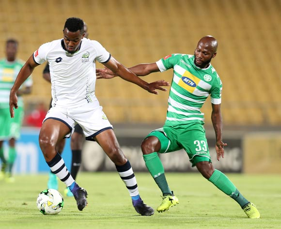 Lehlogonolo Masalesa of Platinum Stars chaalenged by Jacky Motshegwa of Bloemfontein Celtic during the Absa Premiership 2017/18 match between Platinum Stars and Bloemfontein Celtic at Royal Bafokeng Stadium, Rustenburg South Africa on 22 November 2017 ©Muzi Ntombela/BackpagePix