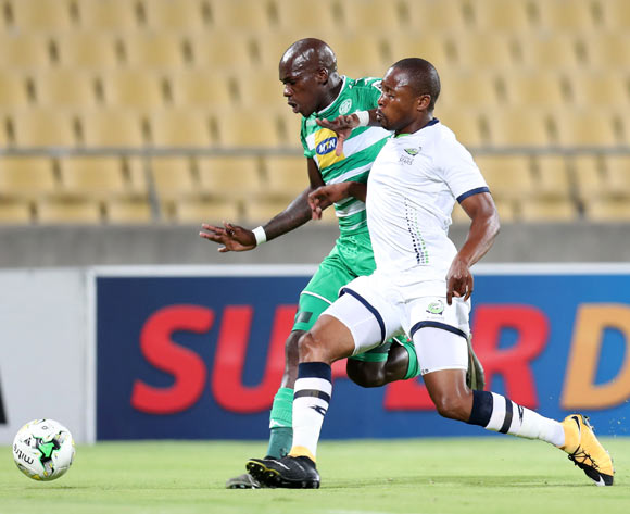 Roggert Nyundu of Bloemfontein Celtic challenged by Gift Sithole of Platinum Stars during the Absa Premiership 2017/18 match between Platinum Stars and Bloemfontein Celtic at Royal Bafokeng Stadium, Rustenburg South Africa on 22 November 2017 ©Muzi Ntombela/BackpagePix