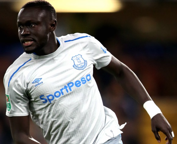 Everton to contest Oumar Niasse's deception charge